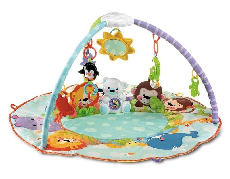 Razvivayuschiy_detskiy_kovrik_s_igrushkami_podveskami_Развивающий детский коврик с игрушками подвесками