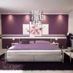 Kover_fioletovogo_tsveta_v_spalne_Ковер фиолетового цвета в спальне