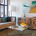 Восточный ковер в интерьере американской квартиры