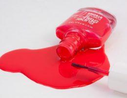 Как убрать лак для ногтей с ковра
